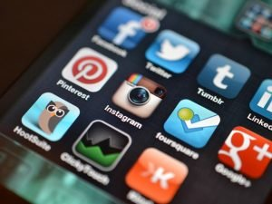 Can Social Media Replace a Business Website?